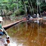 OEFA encontró responsabilidad administrativa en Petro-Perú por derrame de petróleo en Cuninico (Loreto) el 2014. Señala que el derrame ocasionó daño real a la flora y fauna y daño potencial a la vida o salud humana. (Foto: OEFA)