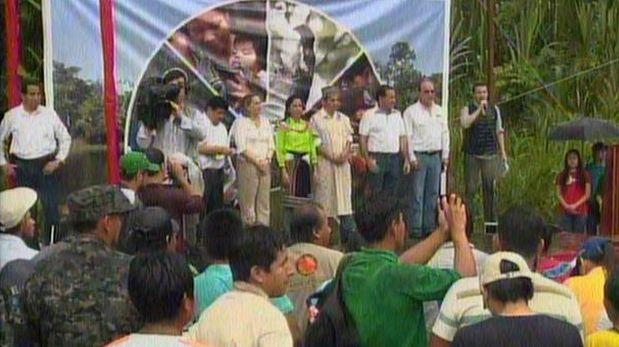 Ollanta Humala llegó a Ucayali acompañado de ministros y su esposa Nadine Heredia. (Foto: Captura TV Perú)