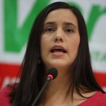 La candidata del Frente Amplio se comprometió a combatir la tala ilegal. | Fuente: Andina