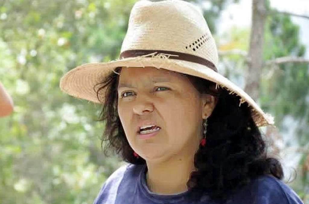 Berta Cáceres veló por los derechos de los lencas. Nació el 4 de marzo de 1973 en La Esperanza, Intibucá.