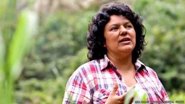 Berta Cáceres, de 43 años, estaba amenazada y era cuidada de manera ocasional por la policía. (Foto: Goldman Environmental Prize).
