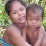 Los orang rimbas han vivido en las selvas de Sumatra durante generaciones, pero ahora están amenazados. © Survival