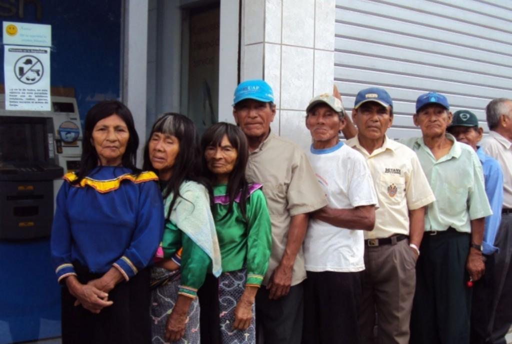 Harán estudio sobre situación de los adultos mayores indígenas de Ucayali