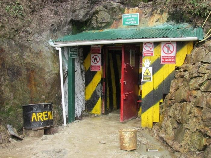 """Polvorín de la empresa Afrodita en """"el Tambo"""", Cordillera del Cóndor. Foto: Odecofroc"""