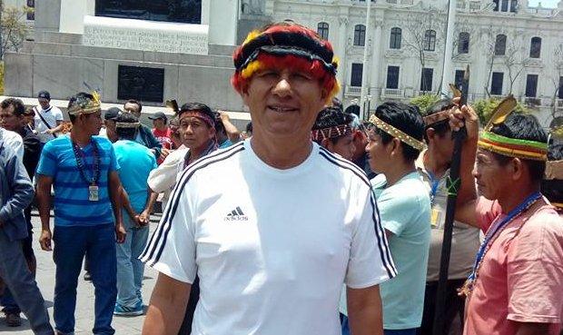 Pedro Rejas Tataje, natural de Ica, se trasladó a Iquitos apenas en el año 2015 y hoy es interlocutor de la comunidad indígena de Saramurillo. Foto: Facebook.