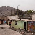 Gran parte de la comunidad de Cantagallo, en Lima, sufrió un incencio. Sus vecinos, indígenas, piden mejoras en las infraestructuras. AUDREY CÓRDOVA