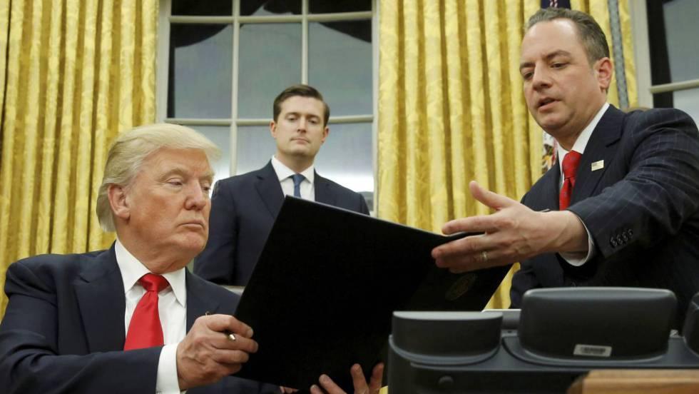 Donald Trump en el Despacho Oval. JONATHAN ERNST (REUTERS)