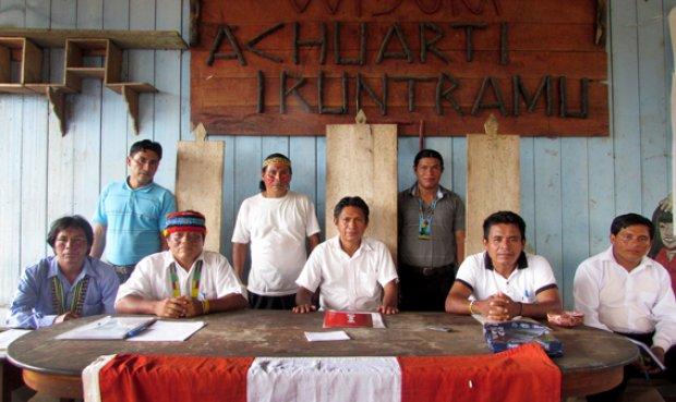 Dirigentes de la Federación de la Nacionalidad  Achuar del Perú (FENAP).