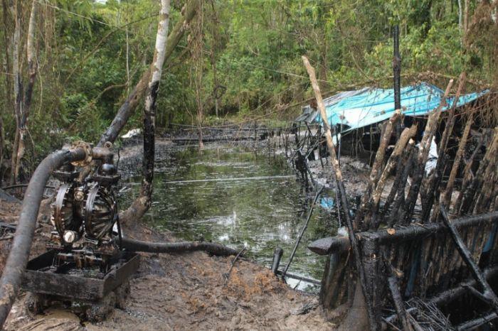 Uno de los puntos impactados por el derrame de más de tres mil barriles de petróleo en Chiriaco, distrito de Imaza, provincia de Bagua, región Amazonas. Foto: Número Zero
