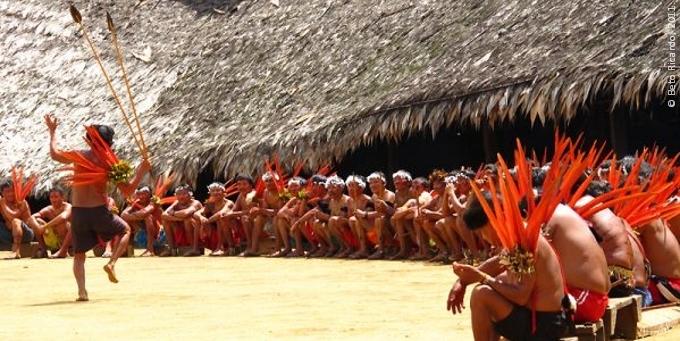 Encuentro de Xamãs Yanomami. Foto referencial:  Beto Ricardo.