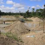 Desde el 2012, la minería ilegal empezó a extenderse frente a la comunidad Galilea, en el distrito de Río Santiago, Amazonas. Foto: Vanessa Romo / Mongabay.