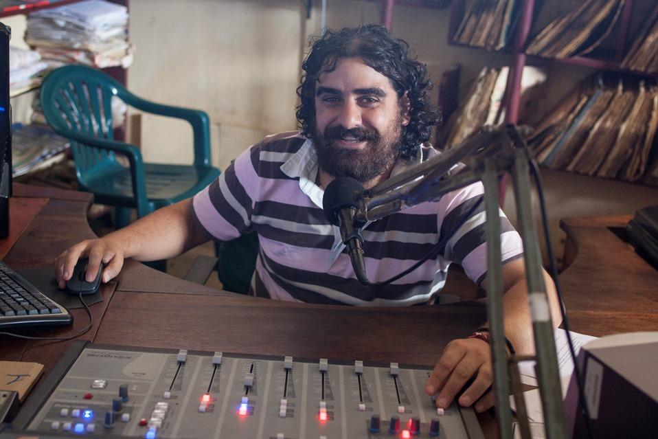 César González Villar, director de Radio Madre de Dios, radio del Vicariato Apostólico de Puerto Maldonado. Foto: CAAAP