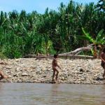 Preocupación por la posible construcción de vías terrestres que afectarían a los pueblos indígenas en aislamiento voluntario (PIACI). Créditos: Foto: La República