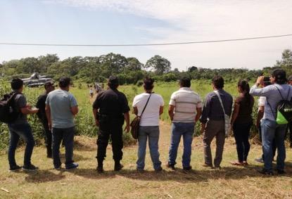 Miembros de ACODECOSPAT, FECONACOR, OPIKAFPE y FEDIQUEP se preparan para recibir la delegación del Estado. Foto: CAAAP Loreto