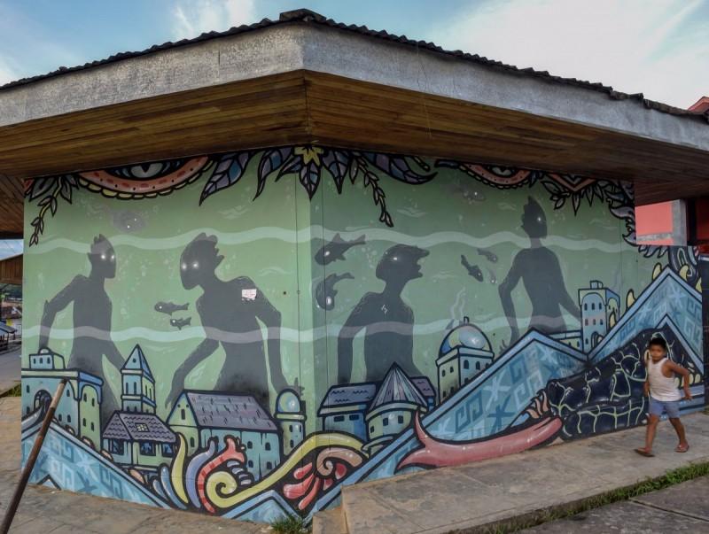 Mural en la ciudad de Nauto, Representación de las ciudades bajo el río . Loreto. Foto: cuenta de Twitter de Shah Selve