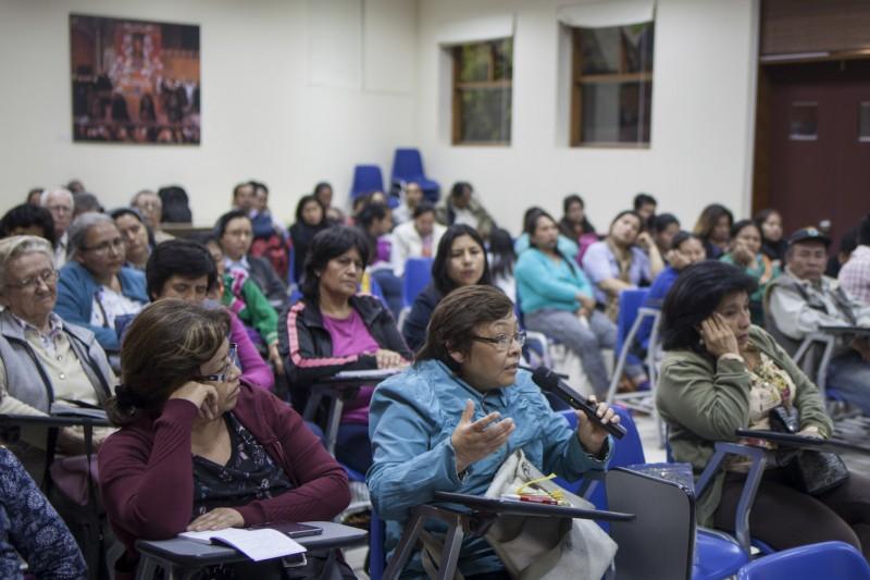 El momento de los comentarios y preguntas. Foto: CAAAP
