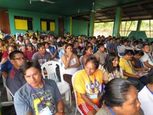 Representantes de las comunidades que integran la organización estuvieron presentes. Foto: FENAMAD