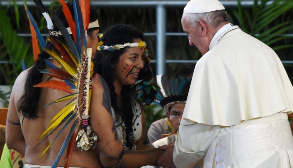 Patiachi fue la representante del pueblo harakbut en la visita del Papa Francisco a Puerto Maldonado. Foto: Aleteia