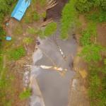 Barrera de contención entre los km 19-20 del Tramo I del ONP. La última superación del crudo de la barrera de contención, colocada por Lamor, se remonta al 15 de enero de 2019 luego de las fuertes lluvias. Fotos: Luis Adolfo Chumbe.
