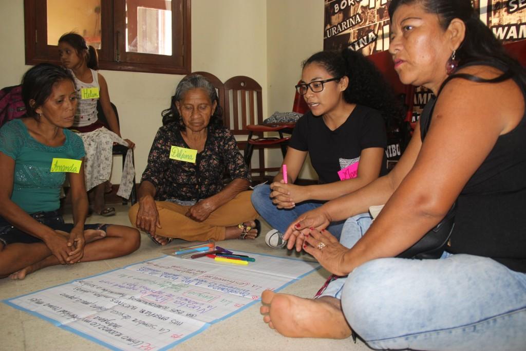 Las participantes realizaron también reflexiones grupales. Foto: MINCUL Loreto