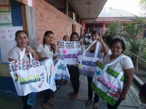Bolsos de tela de Amazonízate, la propuesta del Hogar Nuestra Señora de Fátima. Foto: Amazonízate Yurimaguas