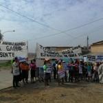 La comunidad de Cantagallo lleva más de tres años reivindicando las viviendas prometidas. Foto: Aquiles Vásquez