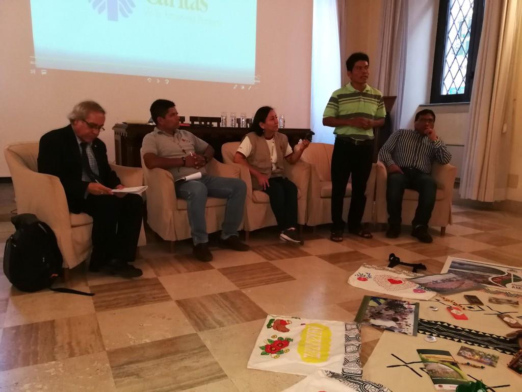 Participantes de 'El Buen Vivir: Estrategias desde Territorio'. Foto: Beatriz García Blasco
