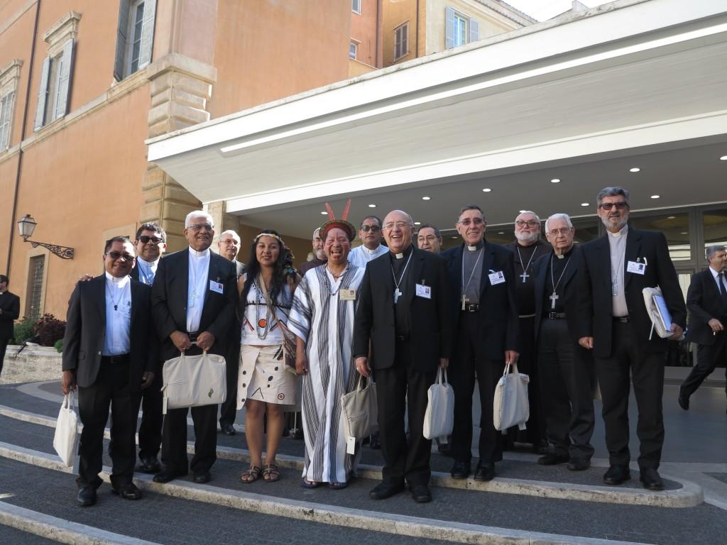 Gran parte de la delegación llegada desde diferentes lugares de Perú, especialmente de la Amazonía. Foto: Beatriz García Blasco
