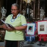 Patricia Blasco, misionera peruana, fuela encargada de dar lectura a los casos emblemáticos de Perú. Foto: BGB