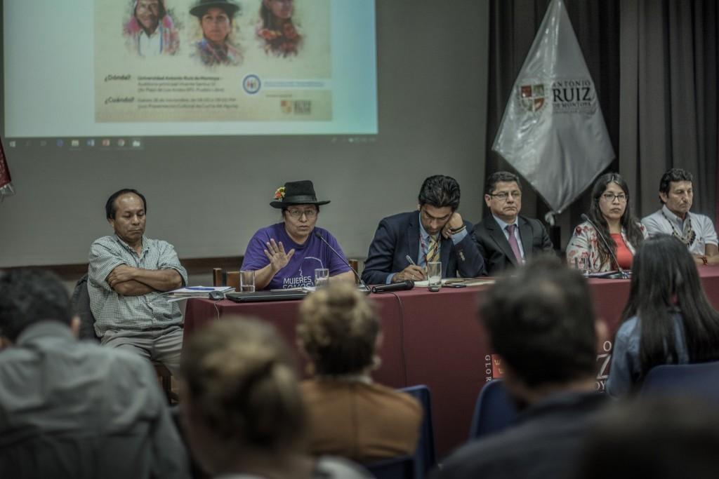 El panel de diálogo y presentación del informe se desarrolló en la Universidad Antonio Ruiz de Montoya (UARM). Foto: Luisenrrique Becerra