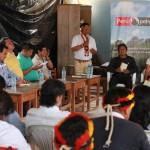 Un momento de la reunión mantenida en la comunidad José Olaya. Foto: PUINAMUDT