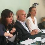 El relator, Michel Forts, junto a parte de su equipo de trabajo en una de las últimas reuniones mantenidas en Lima. Foto: BGB- CAAAP