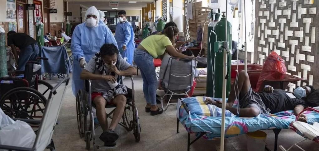Imagen del Hospital de Loreto que más ha sido replicada en medios internacionales. Foto: Ginebra Peña / EFE