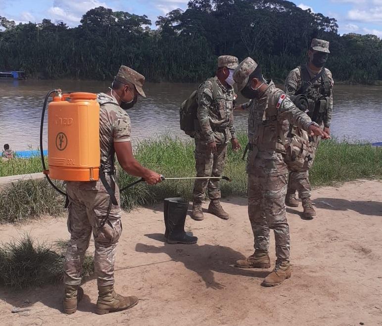 Personal del Ejército en la frontera entre Brasil y Purús. Foto: Cedida