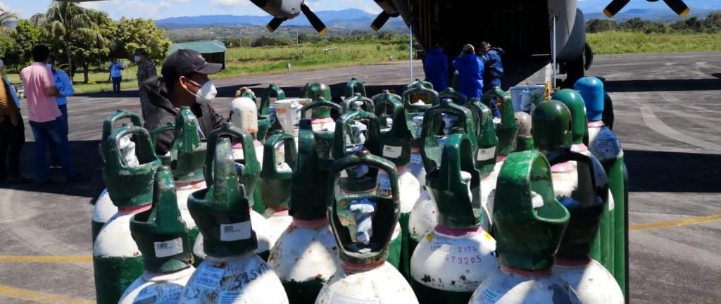 Llegada de más de 400 balones de oxígeno, días atrás. Foto: DIRESA San Martín