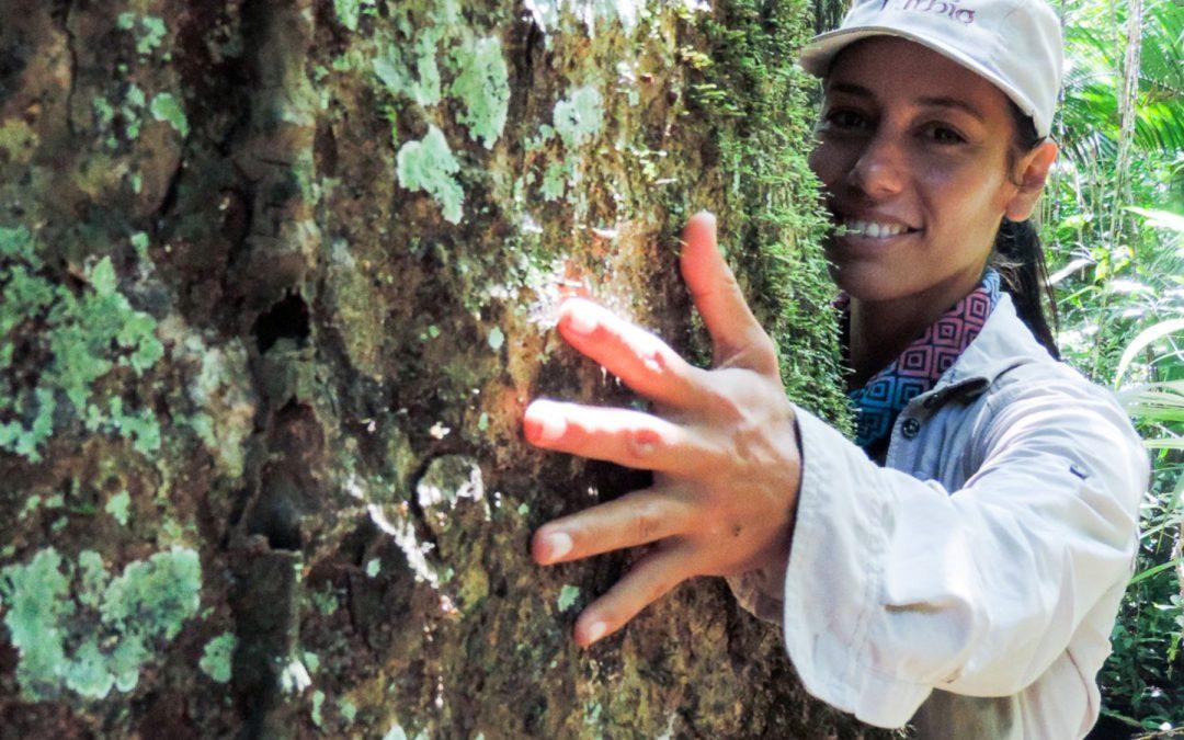 Peruana recibe premio Jane Goodall por preservar bosques amazónicos