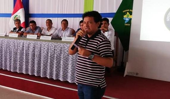 «Hasta ahora seguimos mendigando por el agua». Víctor Pérez, alcalde de Morona (Loreto)