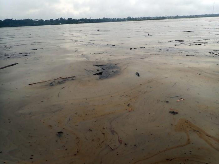 Imágenes del derrame petrolero en el Pastaza; comunidades exigen atención inmediata
