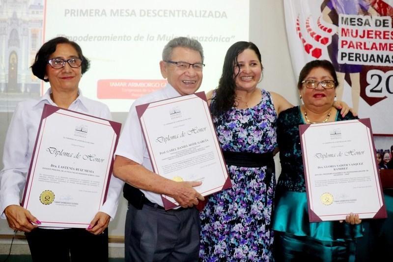 Loreto: Docentes de la Universidad Nacional de la Amazonía Peruana (UNAP) son distinguidos por el Congreso de la República