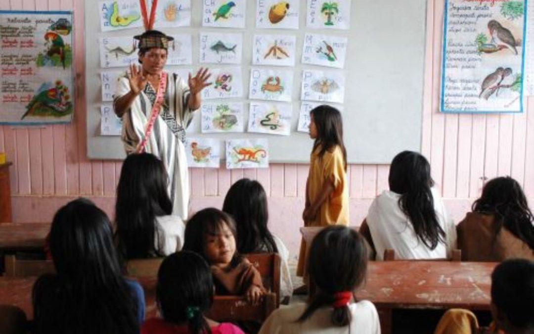 Estado asegurará acceso a educación y salud en lengua originaria a 4 millones de peruanos