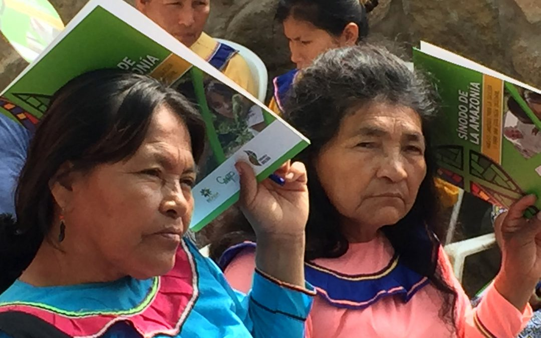 Migrantes shipibos comparten sus preocupaciones, esperanzas y sueños para la construcción de una iglesia con rostro amazónico