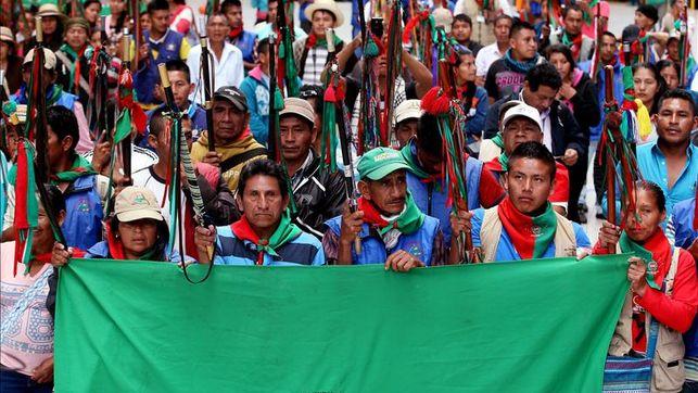 Indígenas colombianos piden en una demanda que les devuelvan tierras perdidas