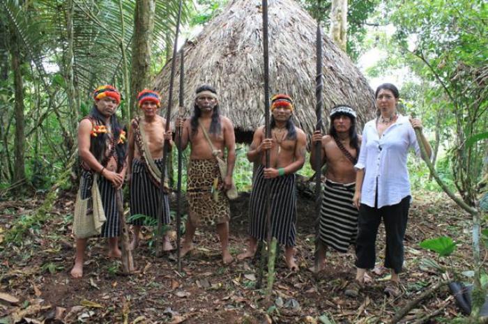Indígenas atacan campamento por rechazo a la minería