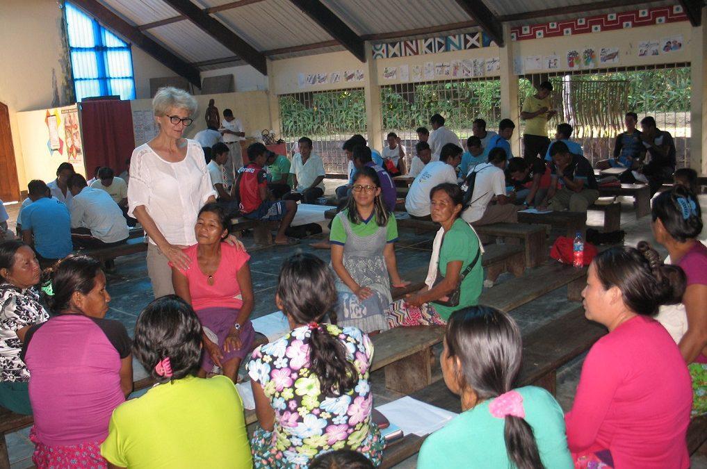 Es la hora: por una Iglesia comprometida por la equidad entre hombres y mujeres en la Amazonía