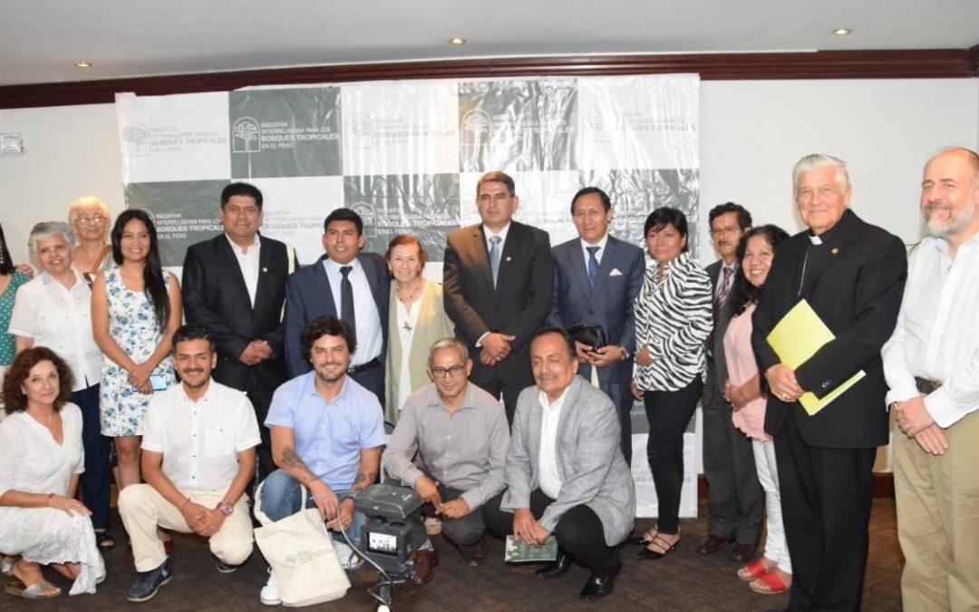 Congresistas de seis bancadas se comprometen contra la deforestación de la Amazonía