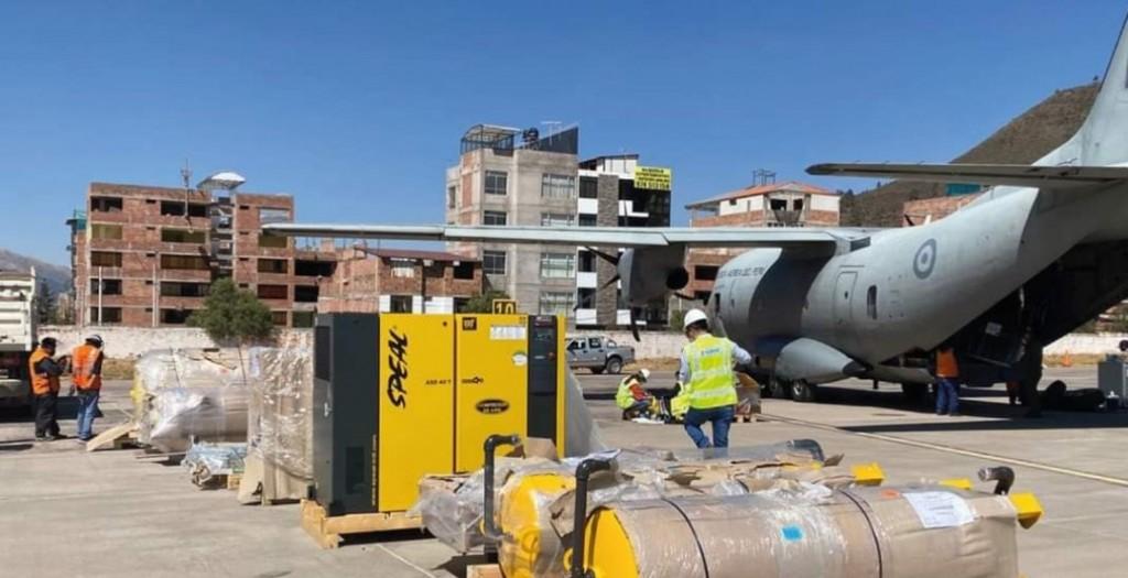Llegada de la planta al aeropuerto de Cusco. Foto: John Zanabria