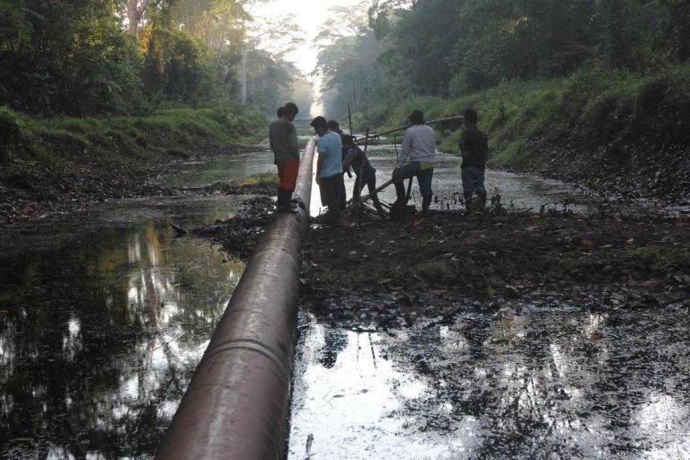 Amazonía, petróleo y gobernanza, foro público hoy a las 4 p.m. en el Congreso