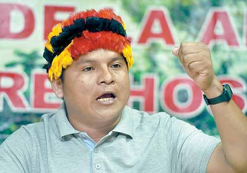Respeto y consulta pidieron apus amazónicos a Kuczynski