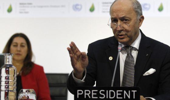 El primer acuerdo contra el cambio climático se aplaza al sábado