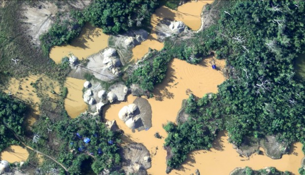 Presentan por primera vez mapa de la minería ilegal de toda la Amazonía